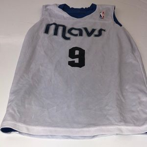NBA Mavericks jersey reversible number 9